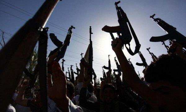 Объектами нападений террористов могут также стать военные и экономические объекты, связанные с правительством Турции