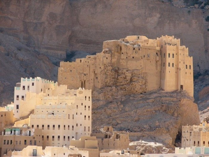 14 фото невероятных «грязевых» городов Йемена