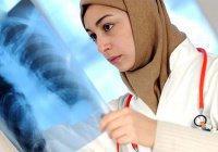 Саудовским женщинам впервые разрешили работать в медицине