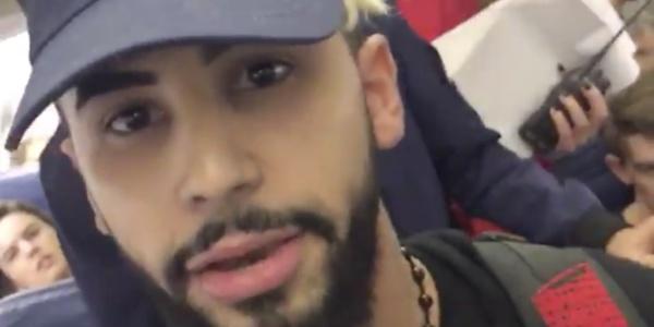 Пассажира сняли рейса зато, что он говорил сматерью по-арабски