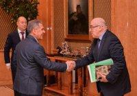 Рустам Минниханов встретился с координатором Группы стратегического видения «Россия – исламский мир»
