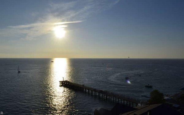 В Черном море продолжается спасательная операция.