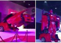 На автомобильной выставке показали мусульманского трансформера