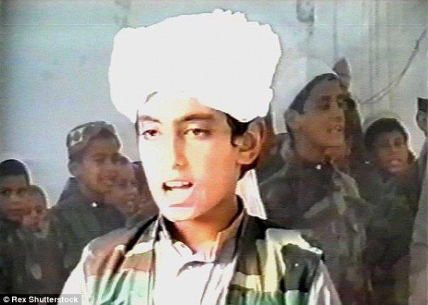 Хамзе бен Ладену сейчас примерно 25 лет.
