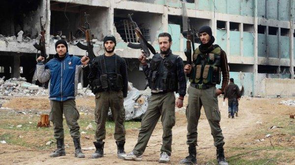 Сирийские боевики.