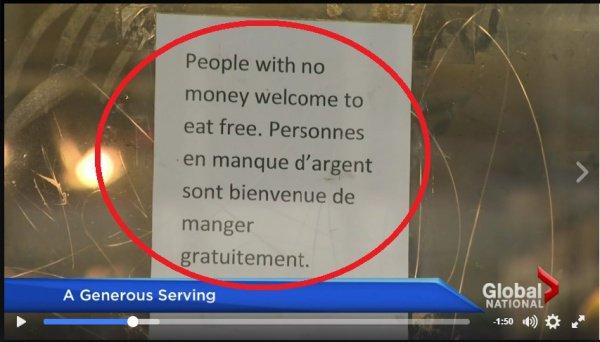Канадцы не поверили глазам, увидев объявление на двери мусульманского ресторана