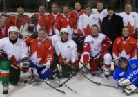 Рустам Минниханов вышел на лед в Давосе