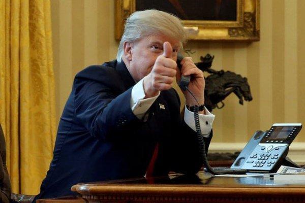 Д.Трамп около часа говорил потелефону скоролем Саудовской Аравии