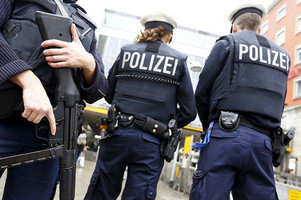 ВБерлине задержаны подозреваемые втеррористической деятельности, связанные сИГ