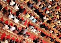 Богословы Индонезии объявили распространение фейковых новостей грехом