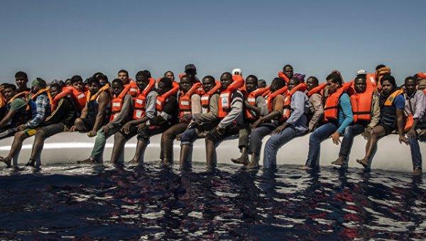 В 2016 году в Италию по морю прибыли более 180 тысяч мигрантов.