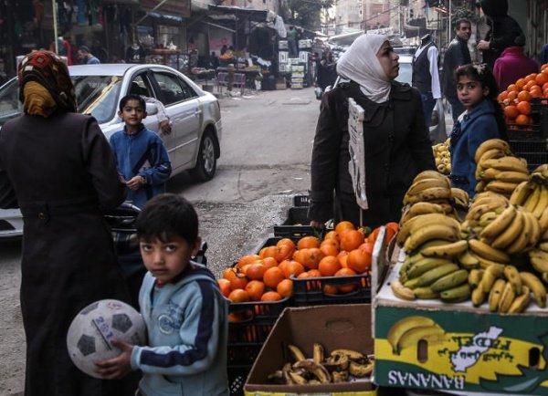 Сирия желает поставлять РФ овощи ифрукты, вответ ожидает нефтепродукты