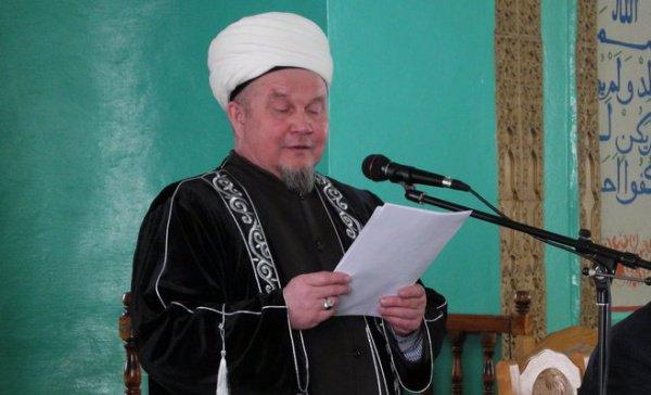 Джалиль хазрат Фазлыев.
