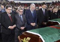 Премьер-министр Канады принял участие в похоронах мусульман, убитых в мечети Квебека