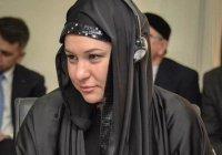 Глава АИР Талия Минуллина в хиджабе всполошила социальные сети (Фото)