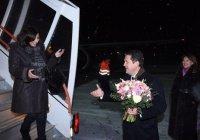 Мэр Парижа Анн Идальго прилетела в Казань