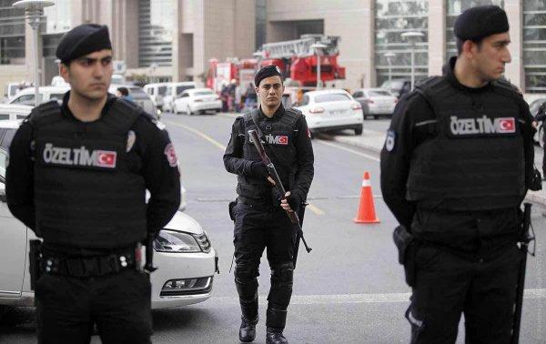 Полиция Турции.