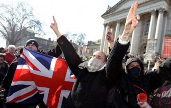 Европа катится к фашизму