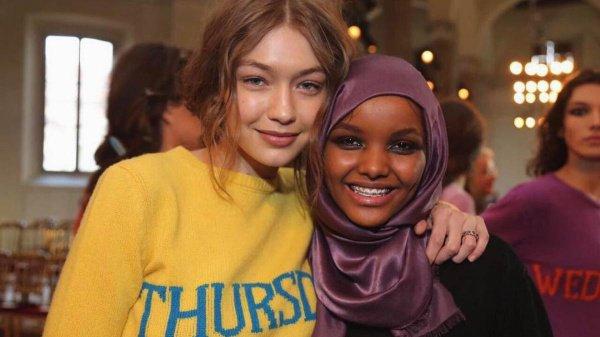 Модель в хиджабе покорила Миланскую неделю моды (Фото)