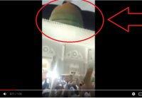 Зеленый купол мечети Пророка внезапно стал ярко красным, чем шокировал паломников