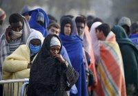 Во Франции запретили раздавать еду беженцам