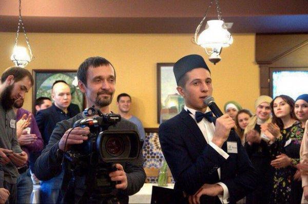 """Ведущий программы """"Сагадат"""" Фанияр Шакуров."""