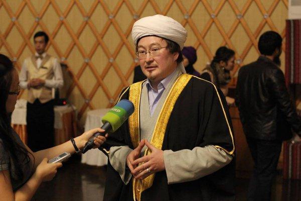 Приверженец ИГ, напавший натеолога, передан властям Киргизии