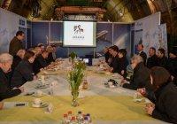 Татарская молодежь Германии просит Минниханова помочь с театром и литературой