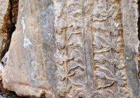 Археологи спасают ассирийские сокровища, перекопанные боевиками ИГИЛ