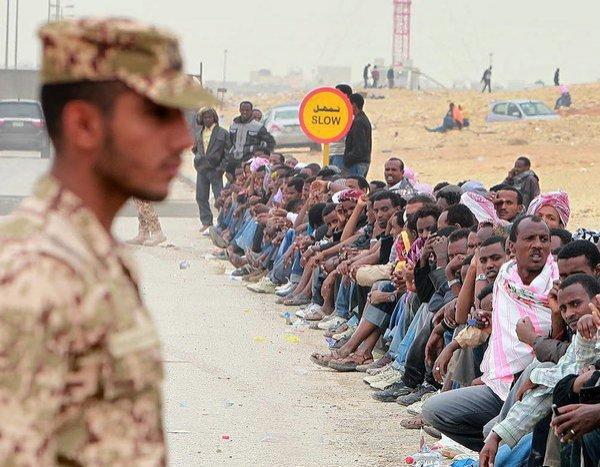 Масштабная программа депортации нелегальных мигрантов разрабатывается в КСА.