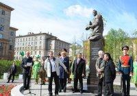 Руководство РТ и Тосненского района обсудили установку обелиска Джалилю