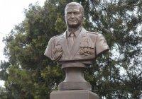 На Кубани установлен памятник Герою России Рафагату Хабибуллину