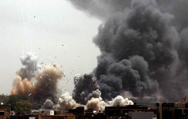 Авиаудар в районе Ракки.