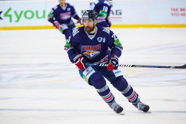 Данис Зарипов - лучший нападающий КХЛ.