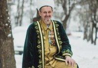 Татарстанский имам совершил 126-й прыжок с парашютом