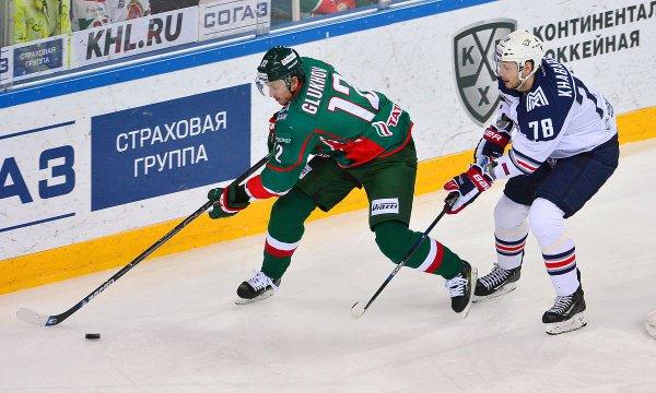 """""""Ак Барс"""" и """"Металлург"""" продолжают полуфинальную серию плей-офф."""