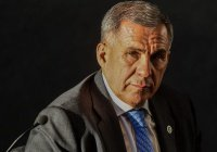 Рустам Минниханов выразил соболезнования в связи с терактом в Петербурге