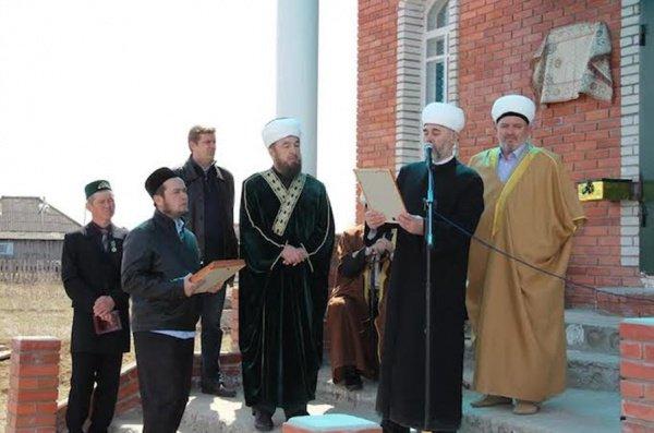 Ханафитский мазхаб - лучший путь искоренения экстремизма в Сибири