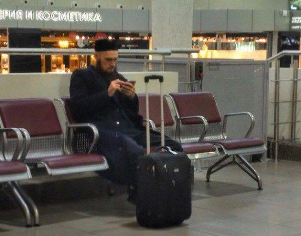 Пассажиры не пустили Никитина в самолет.