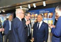 Рустам Минниханов посетил Российский ядерный центр