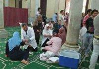 После терактов мечети Египта превратились в пункты сдачи крови для христиан (Фото)