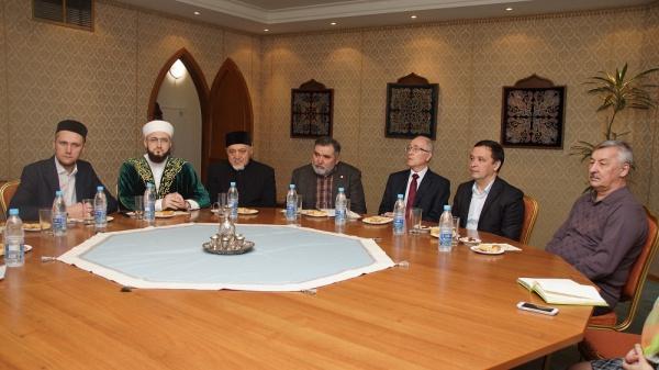Богословы и ученые обсудили вопросы захоронения останков татарских ханов