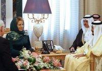 Валентина Матвиенко надела мусульманский наряд на встречу с саудовским королем