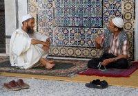 О чем нельзя говорить в мечети?