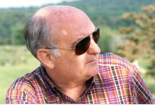 Полковник Патрик Лэнг-старший – отставной офицер американской военной разведки