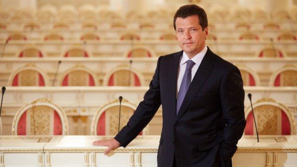 Метшин отметил, что в Казани из 167 школ около 40 высокого уровня