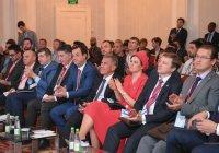 Рустам Минниханов встретился с участниками форума молодых предпринимателей ОИС