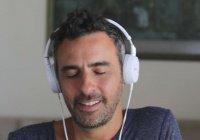 Является ли грехом слушать музыку во время азана?