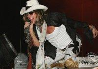 Лидер Aerosmith на концерте в Москве обратился к ИГИЛ