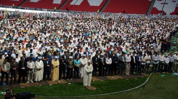 Для мусульман наступил священный месяц Рамадан